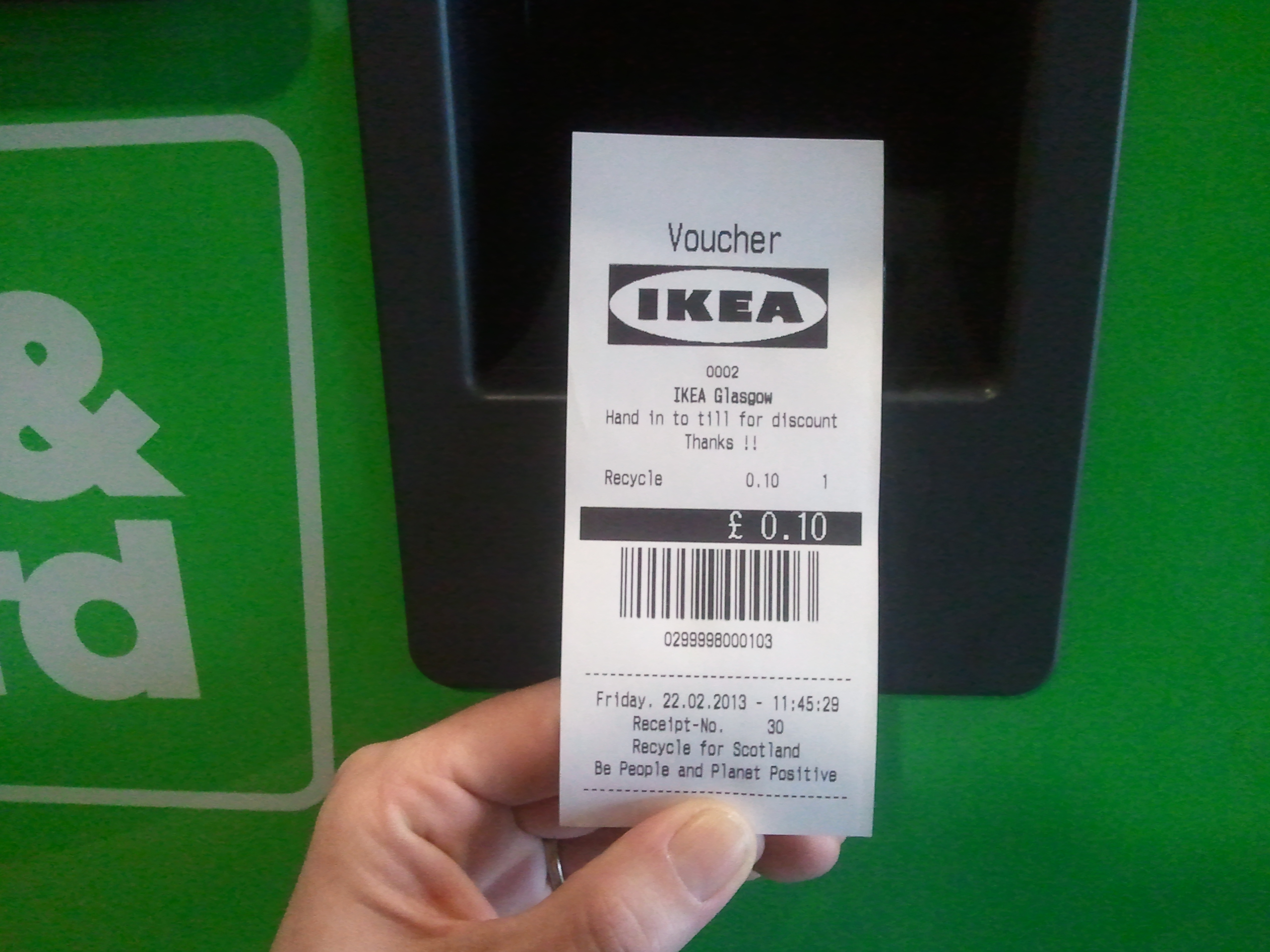 IKEA REWARD RECYCLING WITH REVERSE VENDING